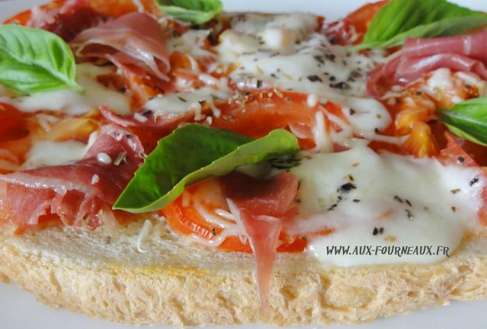 Bruschetta Tomate Mozza D Origine Italienne Aux Fourneaux